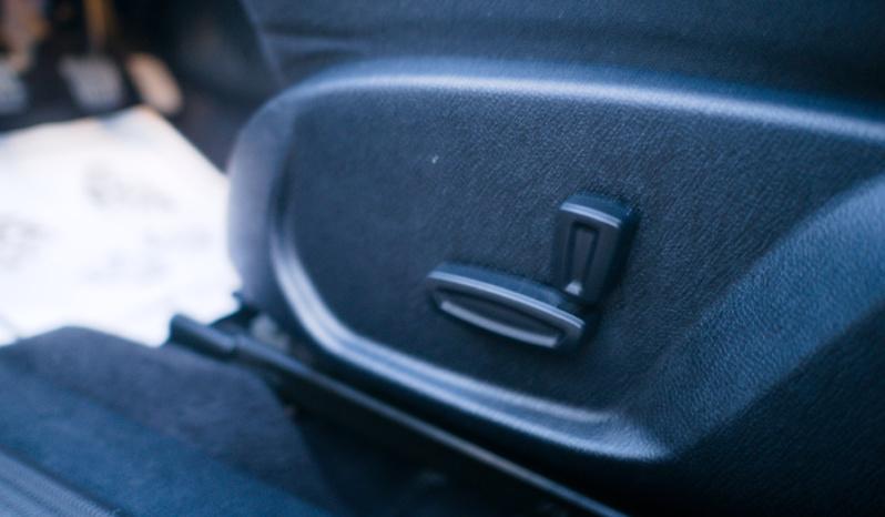 Ford Mondeo Titanium full