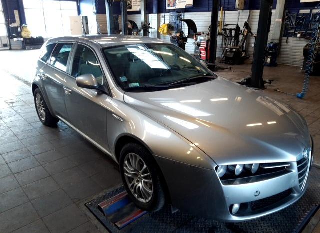 Alfa Romeo 159 full