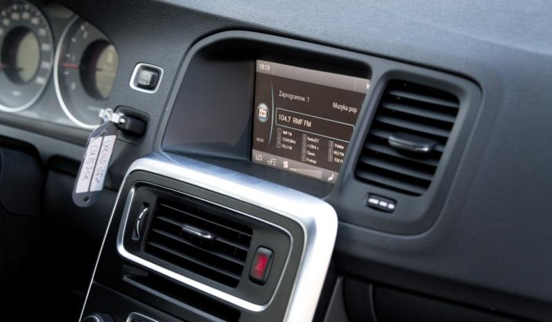 Volvo V60 full