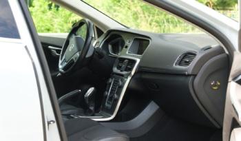 Volvo V40 full